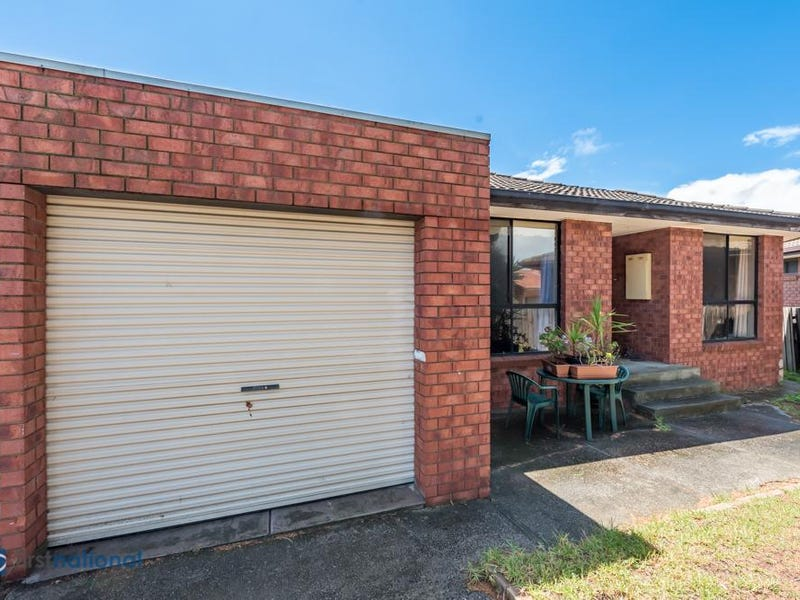 1/18 Woods Close, Meadow Heights, Vic 3048