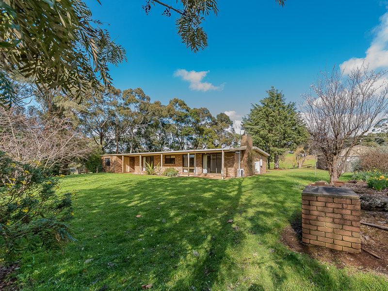 685 OLD SALE RD, Brandy Creek, Vic 3821