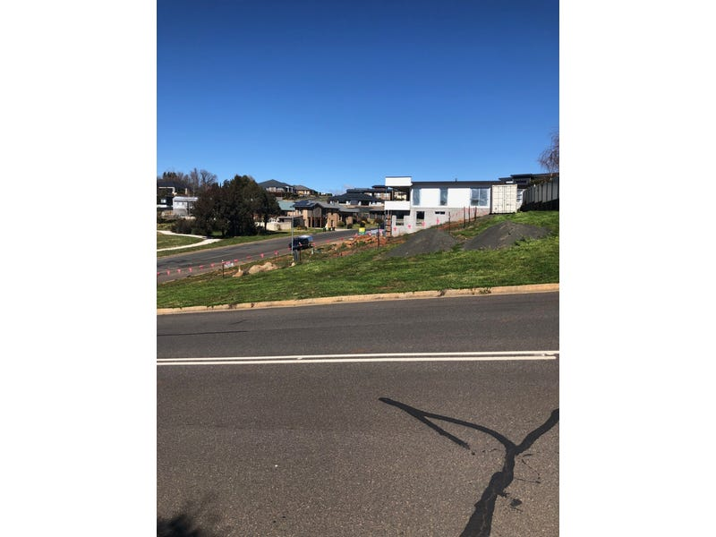 11 Stirling Avenue, Orange, NSW 2800
