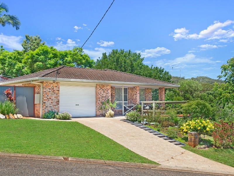 16 Leura Place, Port Macquarie, NSW 2444