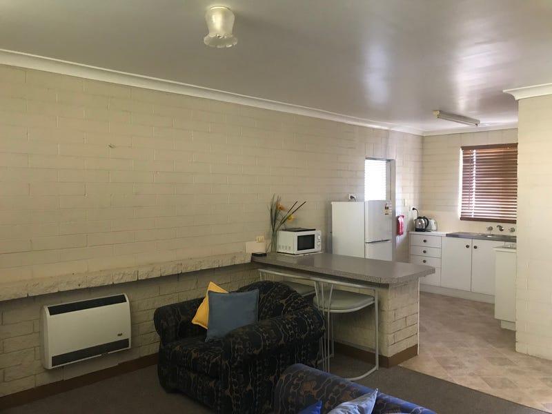 6 3-5 Dowell St, Cowra, NSW 2794