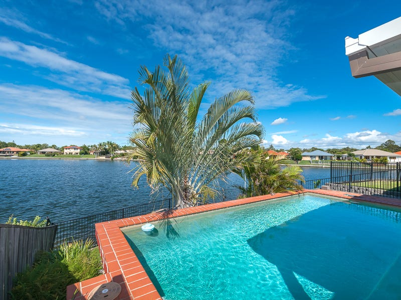 76 Burrendong Rd, Coombabah, Qld 4216