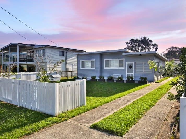 35 Eastbourne Avenue, Culburra Beach, NSW 2540