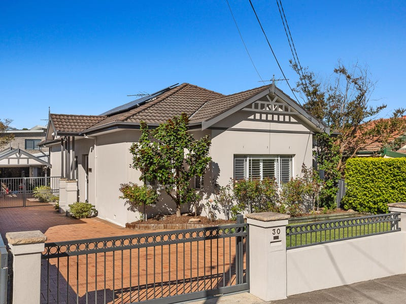 30 Hillcrest Avenue, Strathfield South, NSW 2136