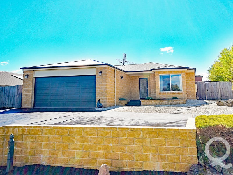 127 McNeilly Road, Drouin, Vic 3818