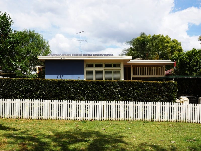 4 Day Avenue, Hobartville, NSW 2753