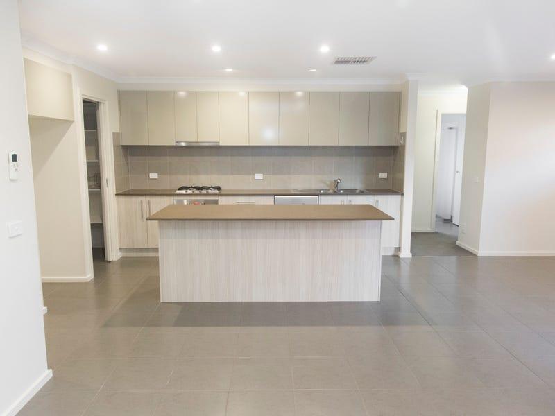 30 Prendergast Avenue, Cranbourne East, Vic 3977