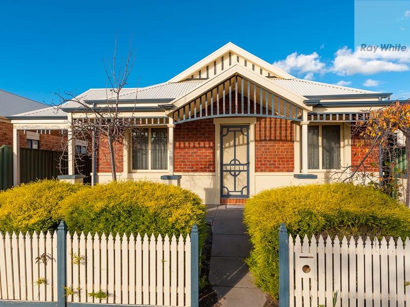 5 Ballarat Court, Craigieburn