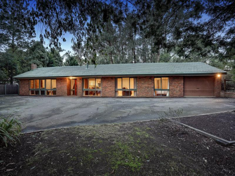 9 Vista Drive, Emerald, Vic 3782