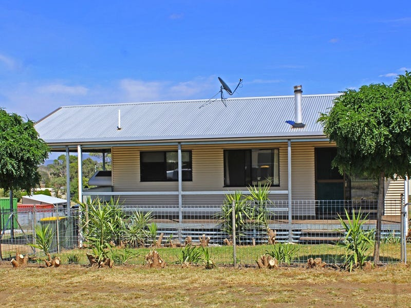 10 Watts Street, Maryvale, Qld 4370