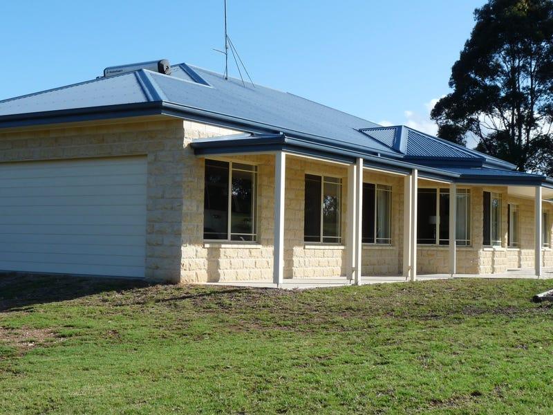 16 Albert Park Lane, Narooma, NSW 2546