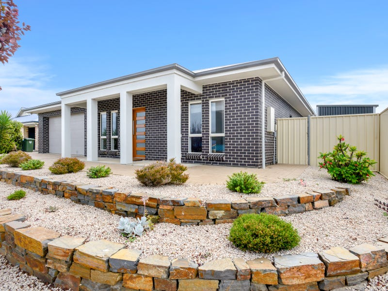 4 Clark Terrace, Port Elliot, SA 5212