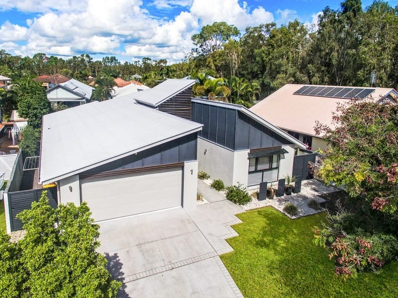 4 Carnoustie Court, Twin Waters, Qld 4564