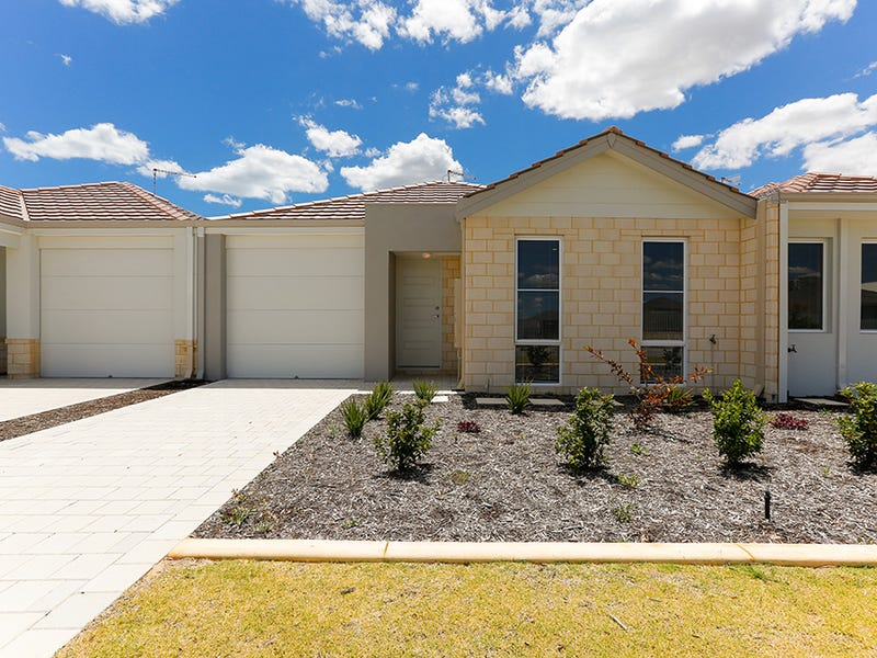 Unit 3, 8 Minara Street, Golden Bay