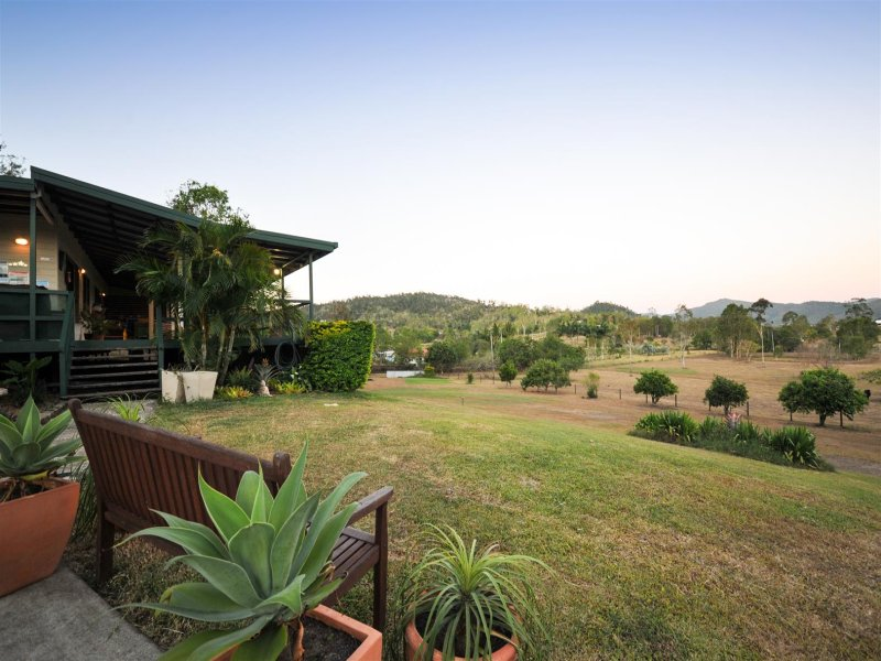 15 Moodys Road, Strathdickie, Qld 4800