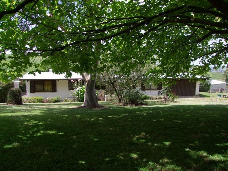 . KOOROOMAN ROAD, Leongatha North, Vic 3953