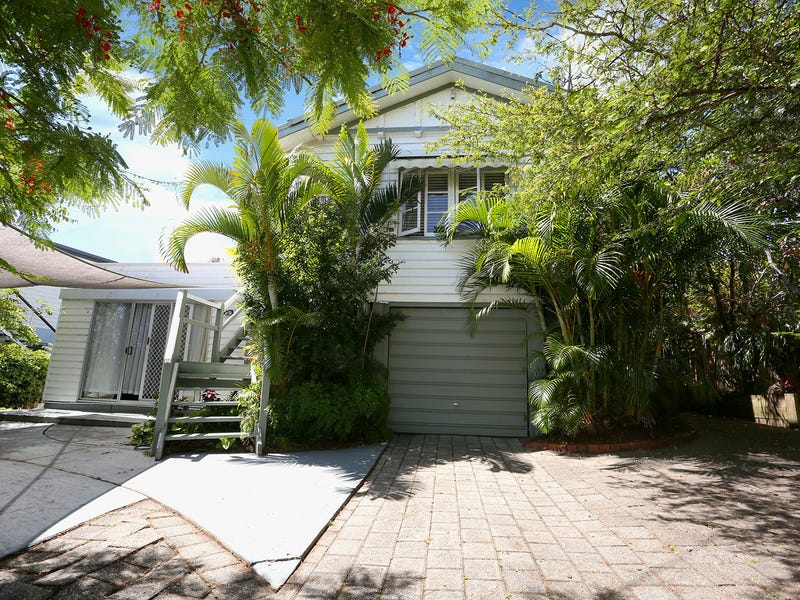 4 Lind Avenue, Southport, Qld 4215