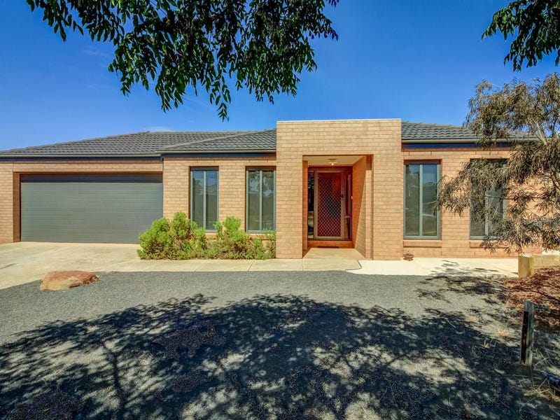 21 Harry Vallence Drive, Maddingley, Vic 3340
