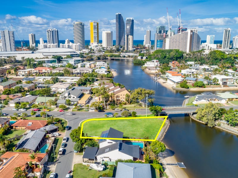 21a Sunshine Boulevard, Broadbeach Waters, Qld 4218