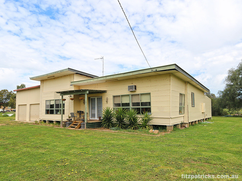 2391 Sturt Highway, Collingullie, NSW 2650