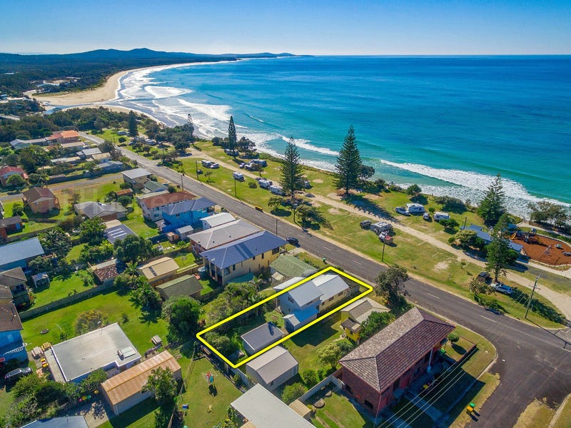 72 Ocean Road, Brooms Head, NSW 2463