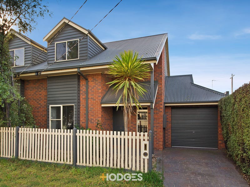 22 Anglesea Terrace, Geelong West, Vic 3218
