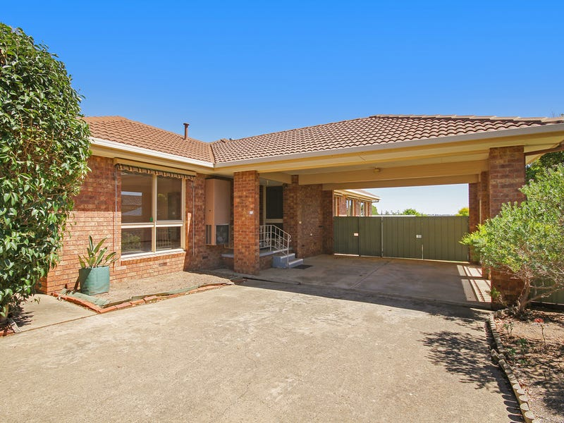 10 Summit Drive, Kennington, Vic 3550