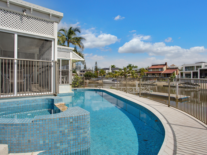 10 Norseman Court, Paradise Waters, Qld 4217
