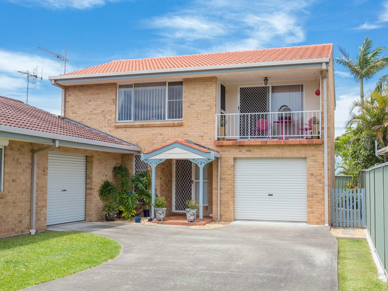 2/22 Old Bar Road, Old Bar, NSW 2430