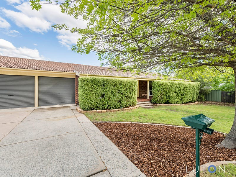 4 Pickering Street, Monash, ACT 2904