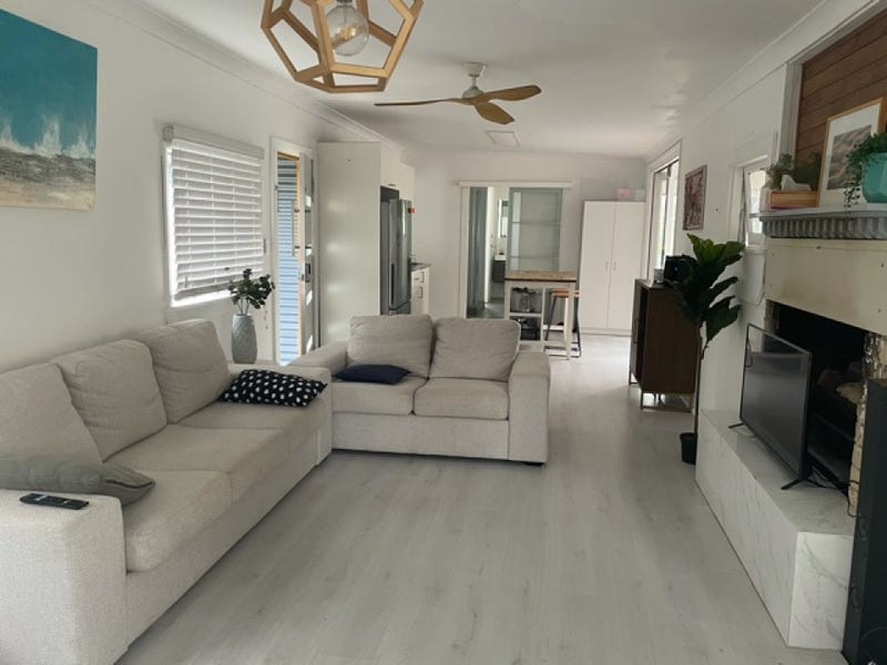 67 Eastbourne  Avenue, Culburra Beach, NSW 2540