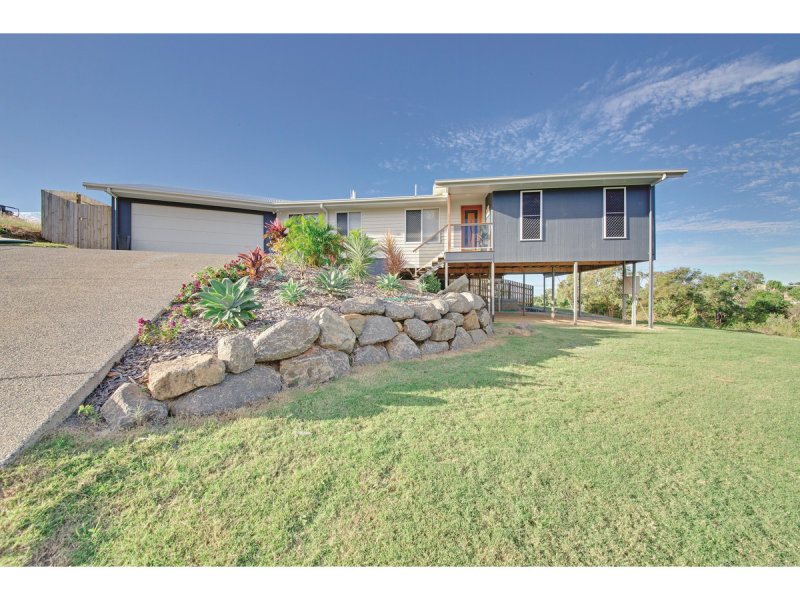 2 Cook Avenue, Pacific Heights, Qld 4703