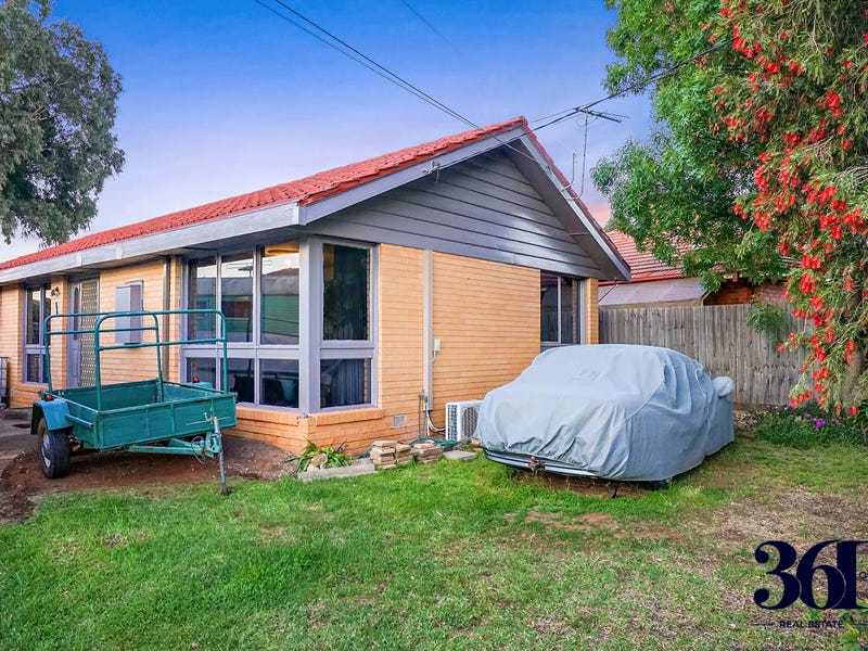 28 Penguin Street, Melton, Vic 3337