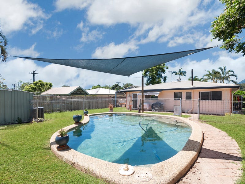 6 Davis Close, Manoora, Qld 4870