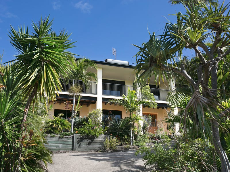 12 Voyagers Place, Sunrise Beach, Qld 4567