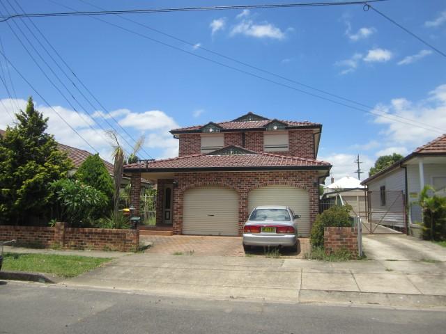 3/26 Gore Street, Parramatta