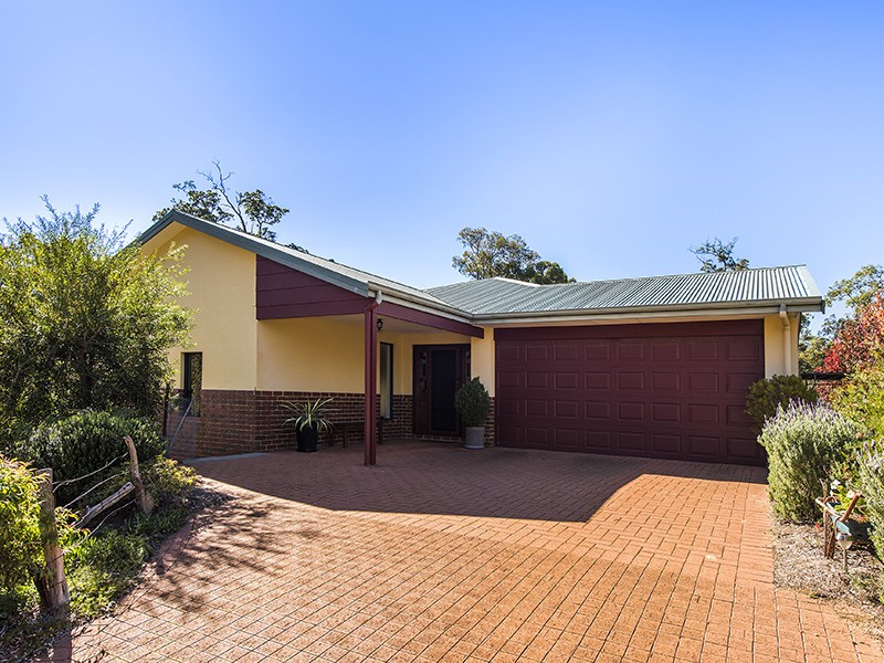 25 Punai Place, Bickley, WA 6076