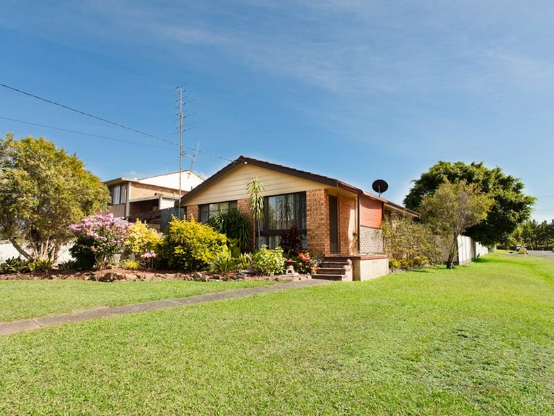 1 Barton Road, Doyalson, NSW 2262