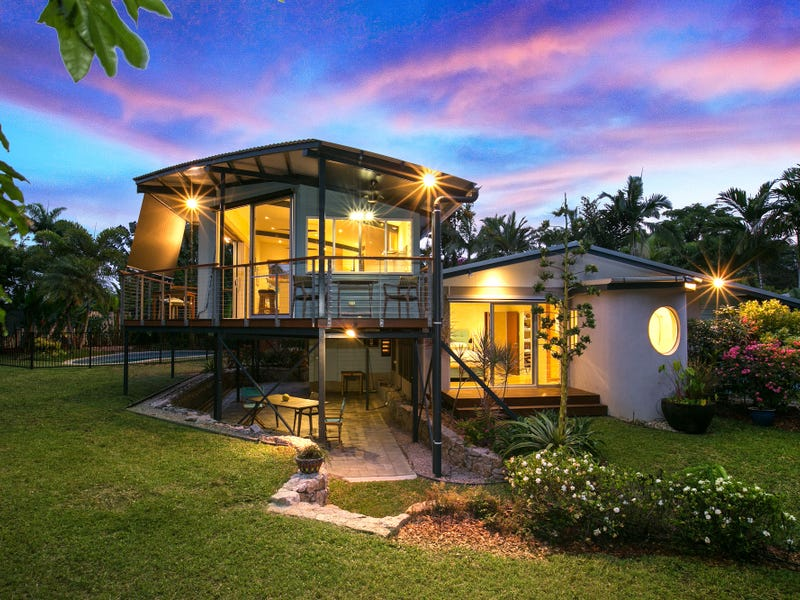 10 Talpa Cl, Palm Cove, Qld 4879