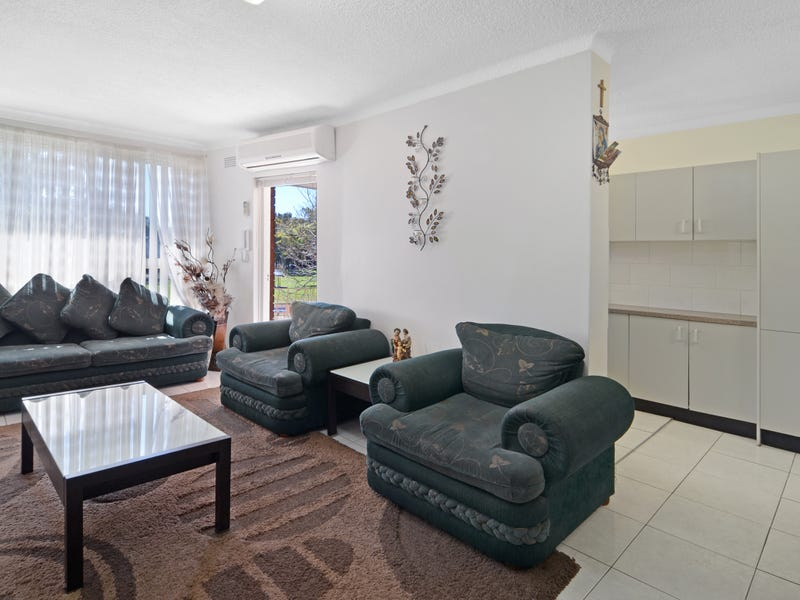10/12 Barber Ave, Eastlakes, NSW 2018