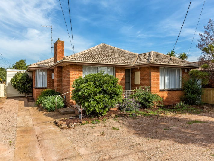 33 Callanan Drive, Melton South, Vic 3338