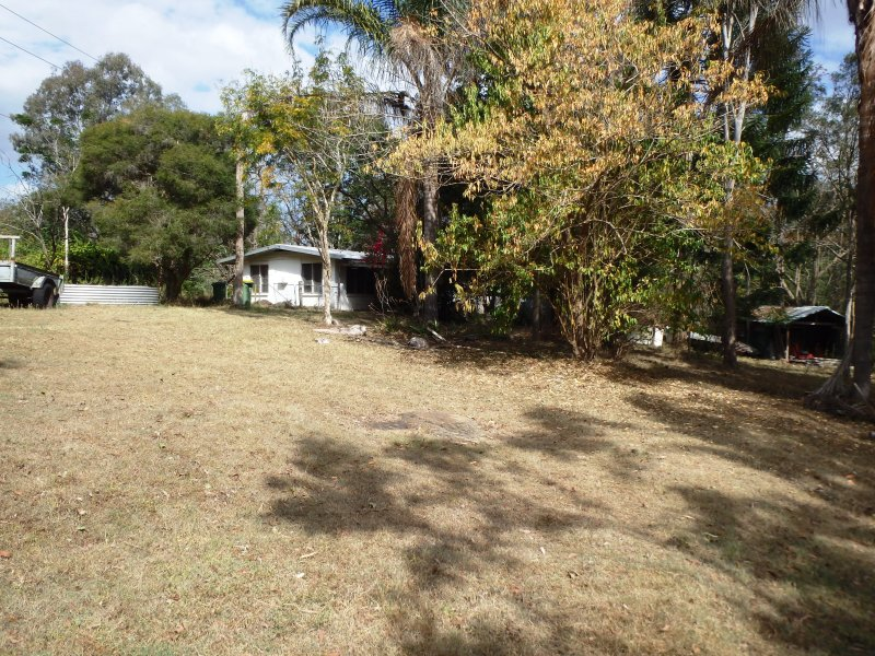 180 Sharon Drive, North Maclean, Qld 4280