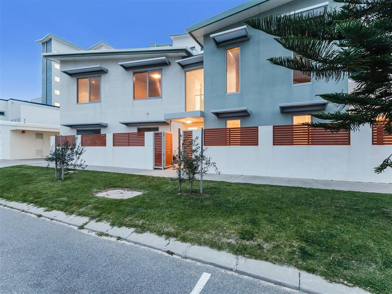 13/9 O'Connor Close, North Coogee