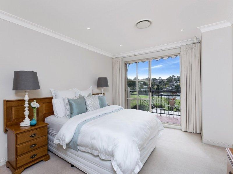 27 Waruda Place, Huntleys Cove, NSW 2111