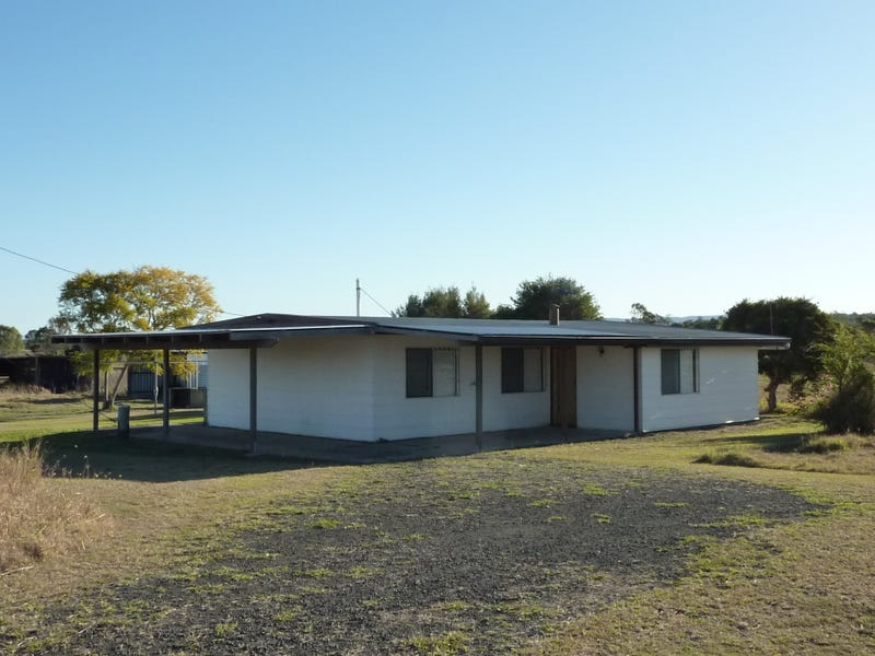 64 Waters Road, Lockyer Waters, Qld 4311