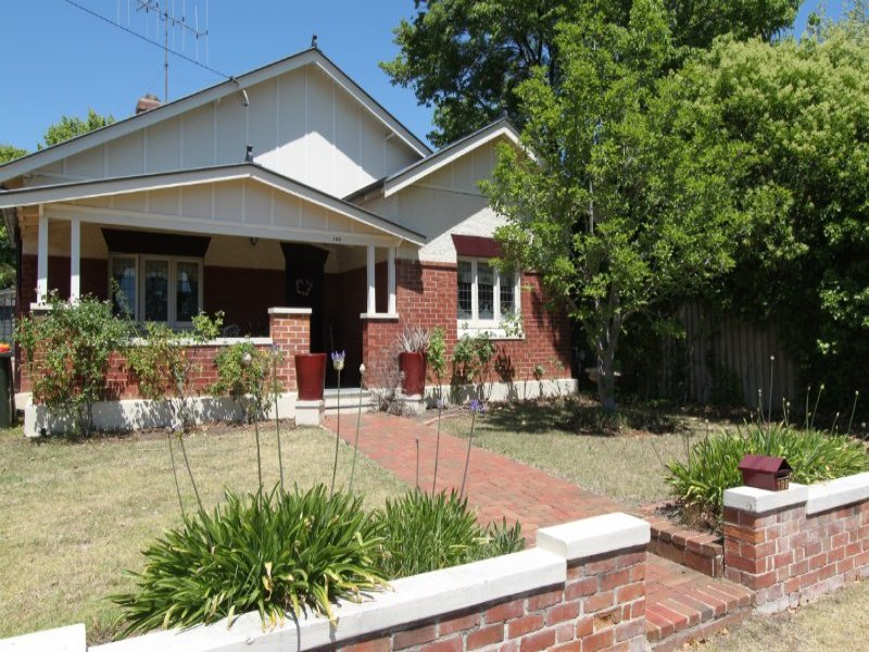 192 Rocket Street, Bathurst, NSW 2795