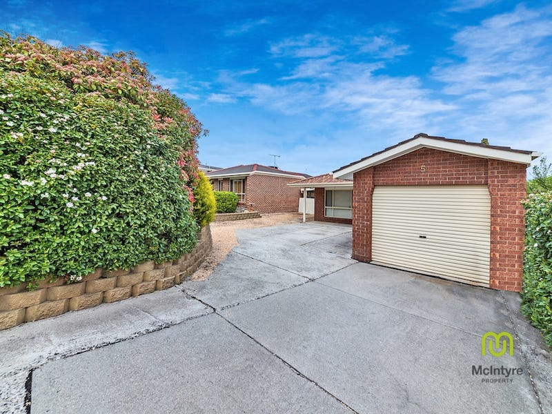 5 Pryor Place, Conder, ACT 2906
