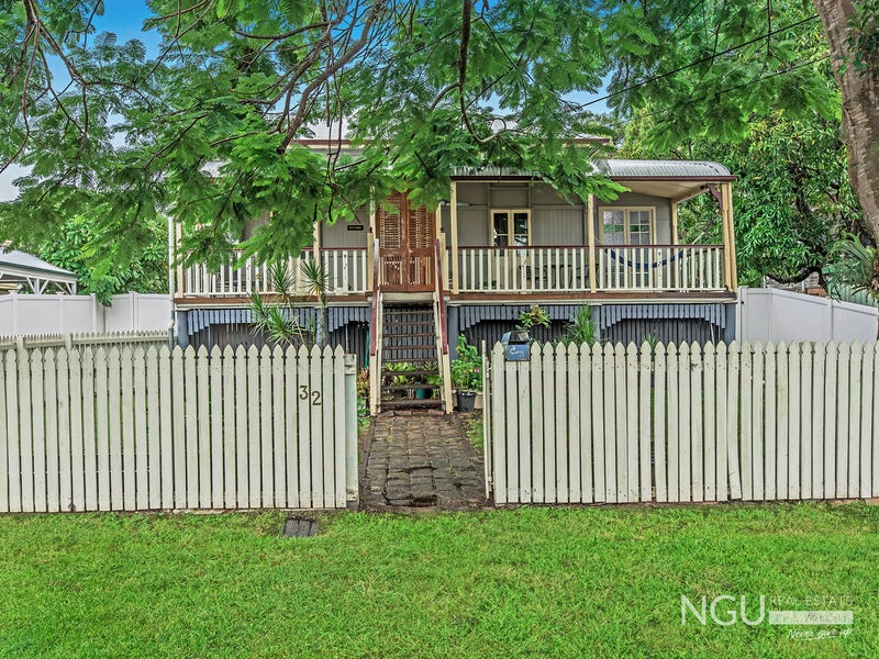 32 Cothill Road, Silkstone, Qld 4304