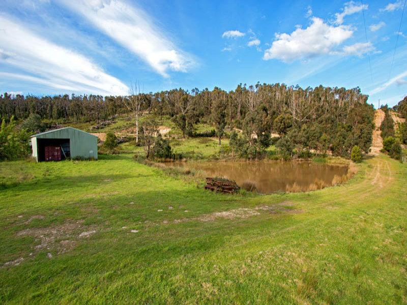 89 Greenwoods Lane, Steels Creek, Vic 3775
