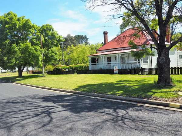 55 King Street, Uralla, NSW 2358